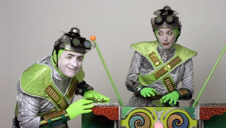 Magic Circle Mime Company  © David Watanabe