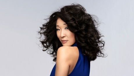2019 recipient: Sandra Oh | James White